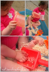 baby sensory play with cereal, natural play, Montessori, Sensory play, exploring textures, baby play www.naturalbeachliving.com