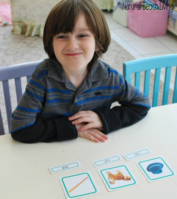 Easy ways to teach early reading skills with hands on learning, books, games, tips, Teach Reading, Teach reading preschool, special needs, tips Multisensory