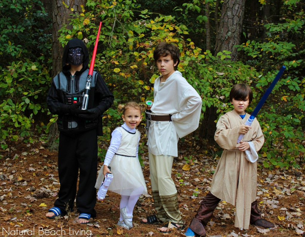 star wars family costumes, The Ultimate Halloween Party Ideas for the Family, Halloween food, Halloween crafts, Halloween games, Recipes, Pumpkin decorating, family fun