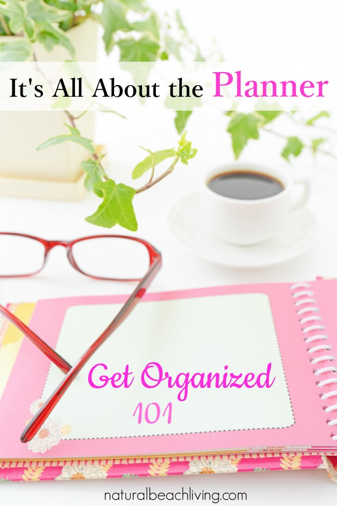 Keep yourself organized with planner tips and tricks. DIY Planners, homeschool planners, household planners, glam planning and so much more.