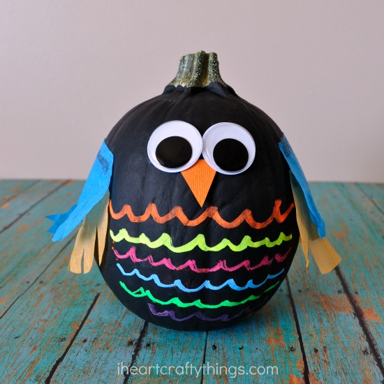14 Epic No Carve Pumpkins You'll Want to Show Off, Adorable DIY Pumpkins with No Mess, Fall Decorations, Halloween Pumpkin Painting Ideas and Inspiration, with Creative Pumpkin Decorating ideas.
