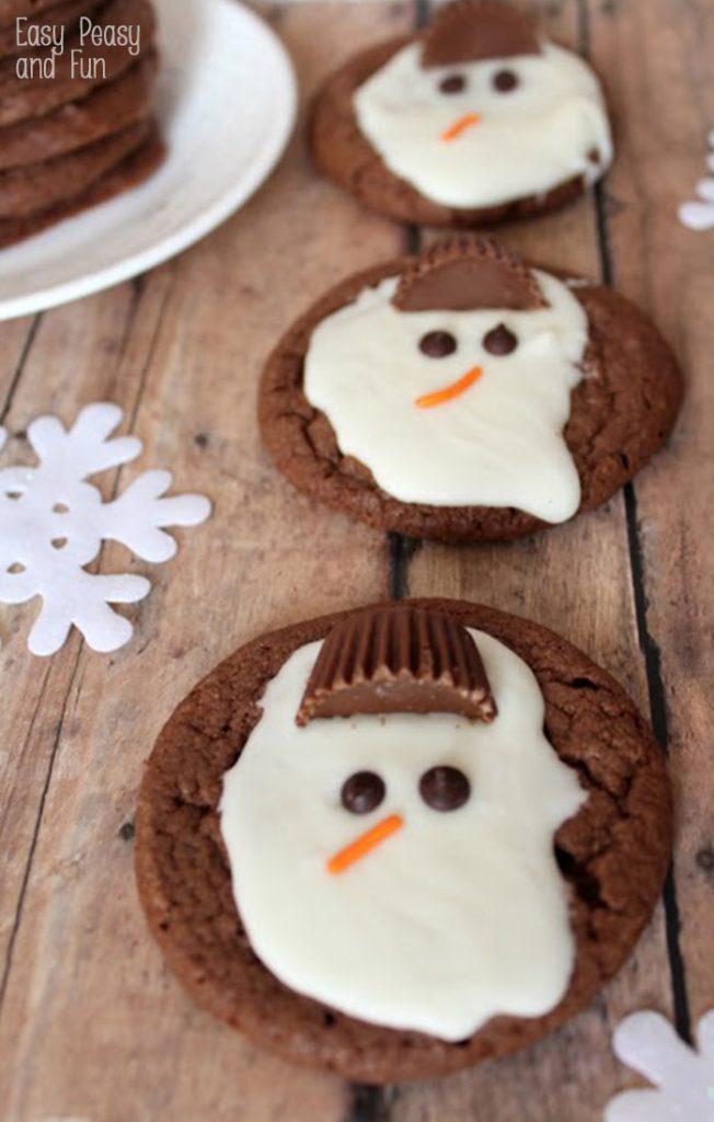 20 Snowman Cookies Your Kids Will Love, snowman theme snacks, delicious cookies for kids, Christmas cookies, Snowman Treats for kids, Winter is the perfect time to make some of these fun snowmen snacks. Serve snowman cookies for a winter party or make them for your kids to enjoy. Snowman Snacks, Snowman desserts, Winter Theme Snacks