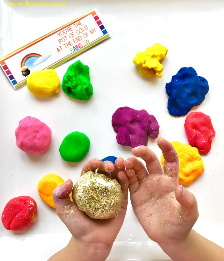 How to make homemade play dough, The BEST homemade playdough recipe. easy to make with kitchen supplies, scented playdough. No Cook playdough
