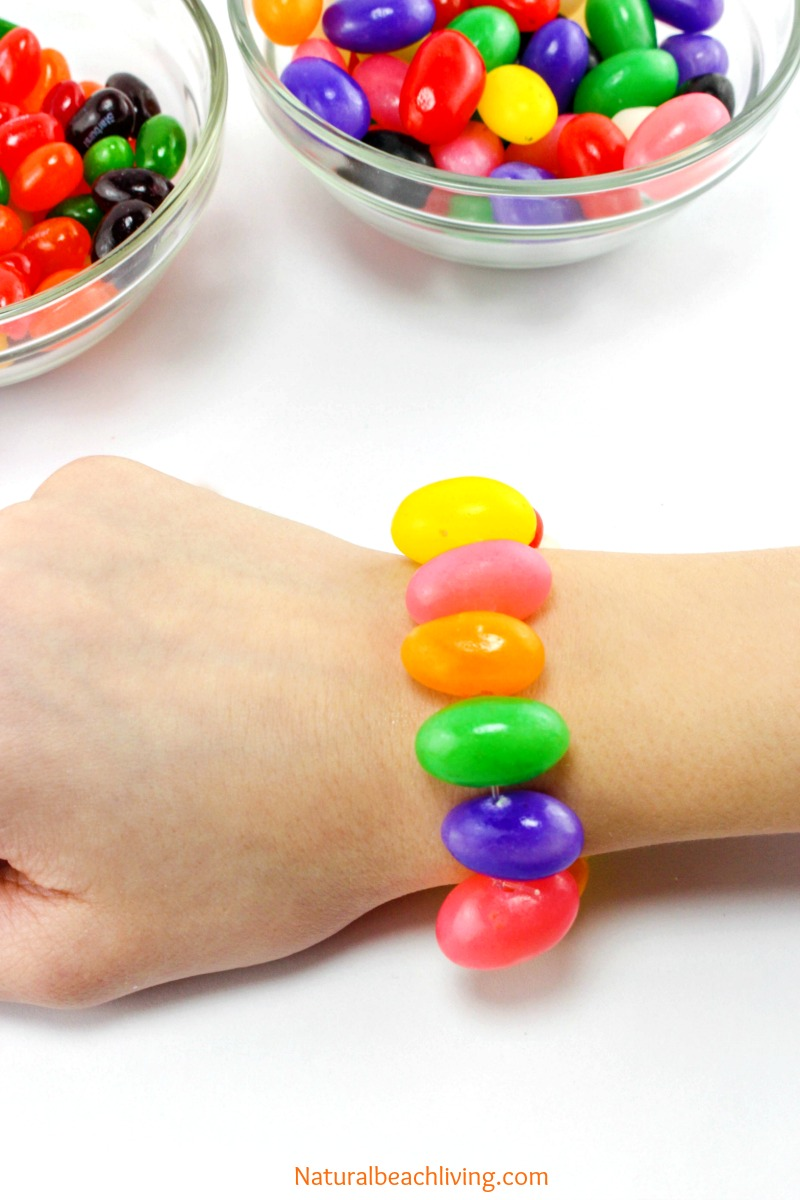 graphic relating to Jelly Bean Prayer Printable called Adorable Jelly Bean Crafts Bracelet for Easter (Cost-free Prayer