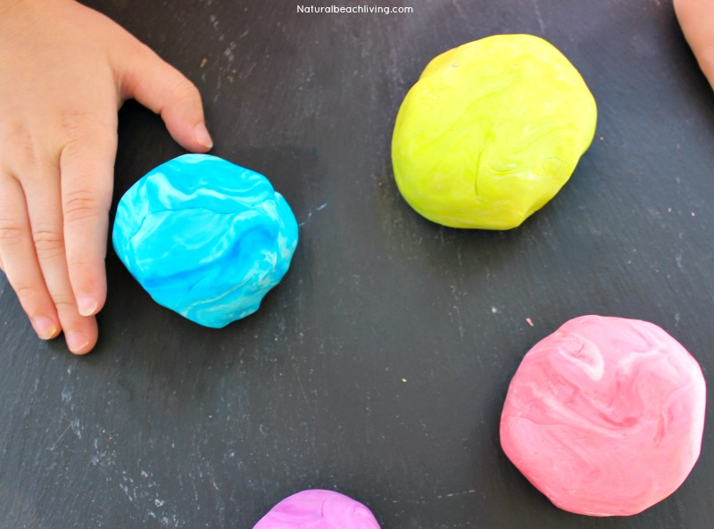 How to Make Putty, The Best Stress Putty Recipe, perfect sensory play, therapy putty for special needs, autism, and working fine motor skills