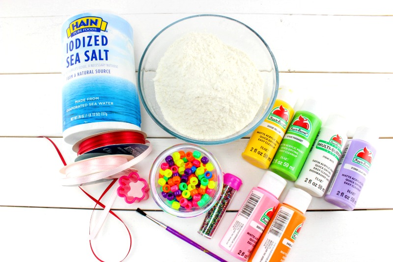 The Best Salt Dough Recipe Ornaments, Salt dough Necklaces, Easy Handmade gift ideas, Kids crafts, Perfect Salt Dough Recipe, fun art & crafts kids can make