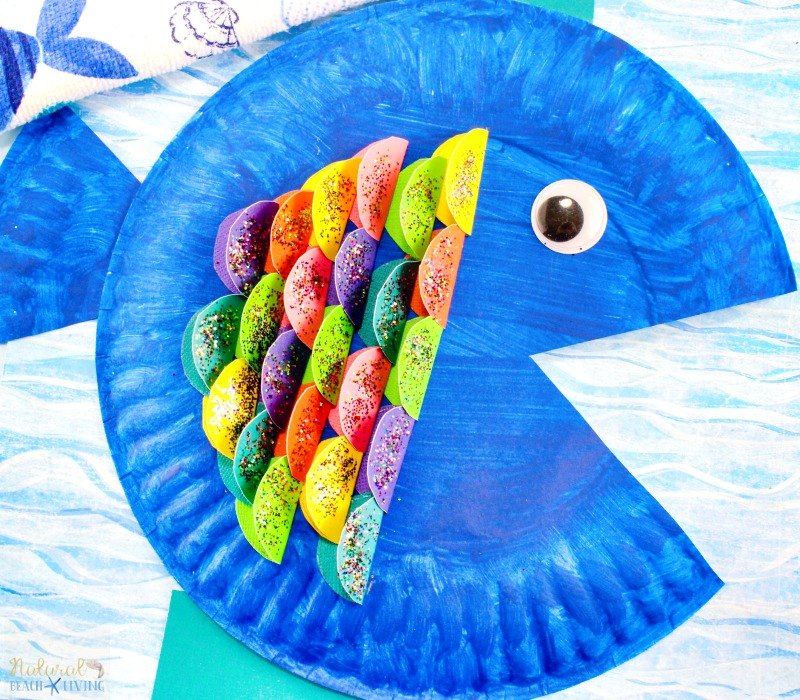 The Cutest Paper Plate Fish Craft, The Rainbow Fish Craft Activity for Kids, Under the Sea Preschool Theme, Paper Plate Crafts, Ocean Craft, Easy Craft idea