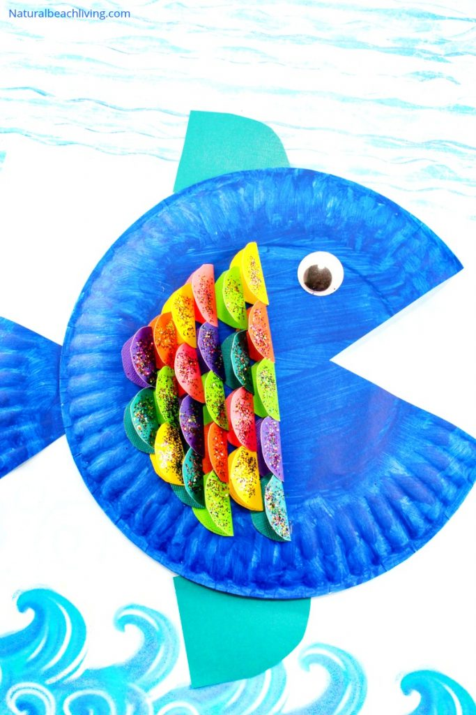 30+ June Preschool Crafts and Activities perfect for the summer. Fun crafts and hands on learning for kids to do in June! Ocean Theme, Art Projects, Fish crafts, an ice cream theme, Under the Sea activities and more summer crafts for preschoolers.