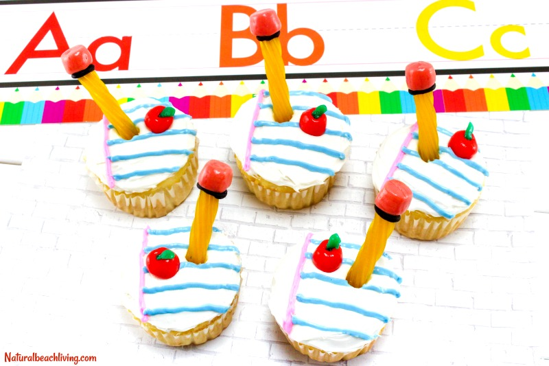 Back to School Cupcakes, School Party Cupcakes, Back to School Party ideas, School Party Food, Bake Sale Cupcakes, School Supplies Dessert for Kids, Yum!