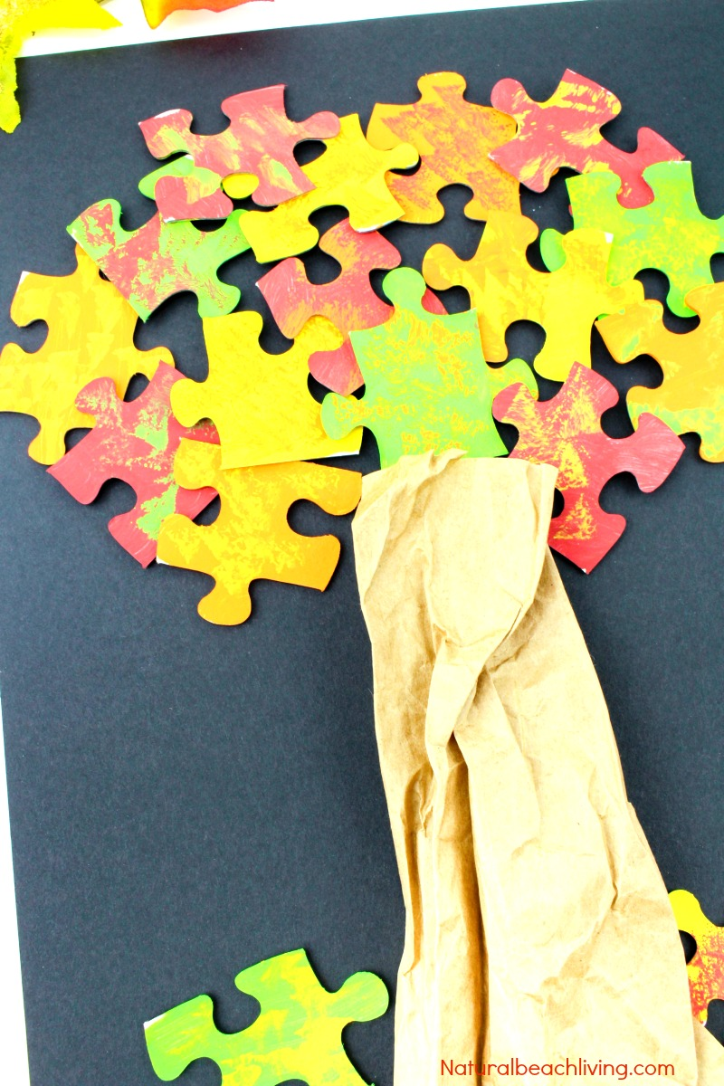 How to Make a Lovely Fall Tree Craft - Easy Puzzle Tree