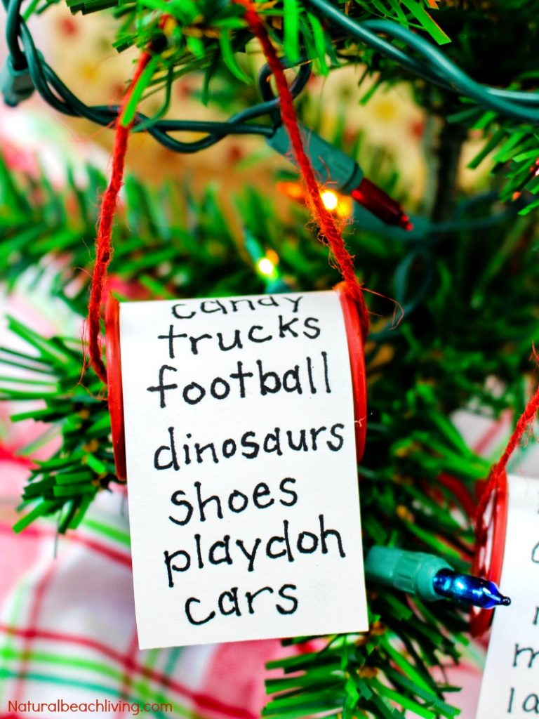 Easy Christmas Ornaments Kids Make, These kid made Christmas ornaments are easy to make, Unique Christmas Ornaments and you only need a few items. They make a great class project or just something fun to craft at home! Personalized Christmas Ornaments, Homemade Christmas Ornaments, Easy Christmas Ornaments to Make
