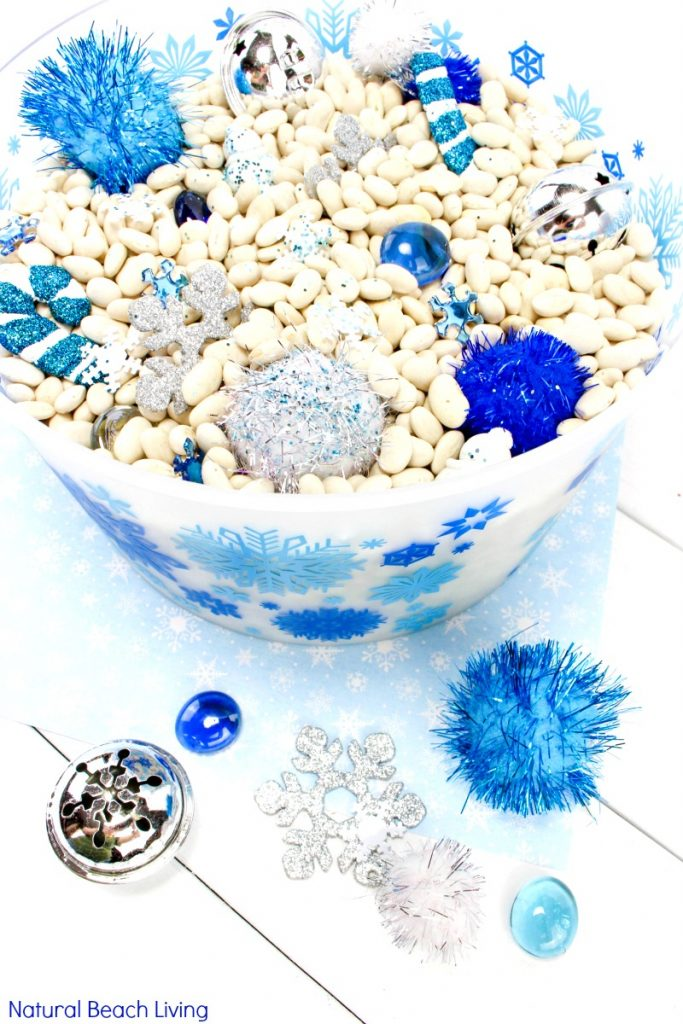 Easy Winter Sensory Bin for Toddlers and Preschoolers, This winter sensory bin is perfect for arctic and winter theme activities, Use this for Winter sensory table ideas, Snow sensory bin. Perfect for a Five in a Row Activity or Preschool Snow theme too