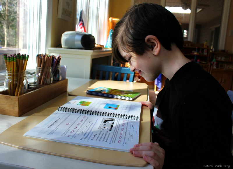 The Good and The Beautiful Homeschool Curriculum, The Good and The Beautiful Language Arts and Literature, Kindergarten Homeschool, Homeschool Preschool, The Good and The Beautiful pre k, The Good and The Beautiful review, The Good and The Beautiful Curriculum, Homeschool Curriculum, Homeschool Curriculum Kindergarten, Free Homeschool Curriculum #homeschool #homeschooling