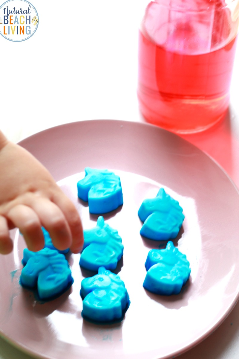a fun Unicorn Science Activity kids of all ages will enjoy. Add this to your Unicorn Activities it's a super cool frozen unicorn fizzy Science. This Baking Soda and Vinegar Science Activity is perfect for science experiments or sensory play explorations, Unicorn Science Activities, Unicorn Science Experiments, Unicorn Party Ideas for kids