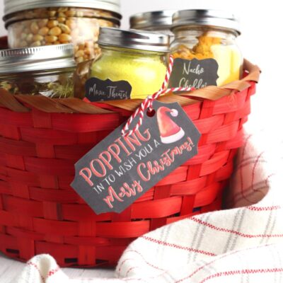 Popcorn DIY Christmas Gift Basket with Free Popcorn Labels