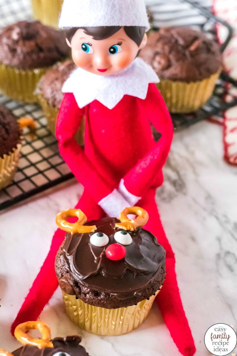 Elf on the Shelf Baking Cupcakes